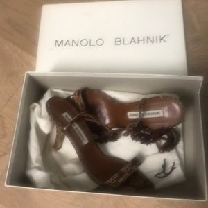 Manolo Blahnik Ayers beaded sandals size 6 36